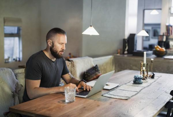 Tips Menghindari Tekanan Berlebih Saat Bekerja